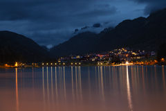 Lago di Auronzo al crepuscolo Immagini Stock Libere da Diritti