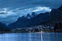 Lago di Auronzo (Lago Di Santa Caterina) at dusk Stock Photo