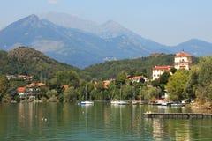 Lago di Avigliana, Italia. immagini stock libere da diritti