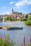 lago di boeblingen con la vista alla chiesa Fotografia Stock Libera da Diritti