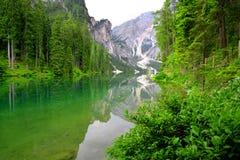 Lago di Braies Стоковые Изображения