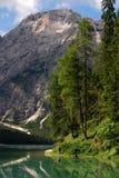 Lago di Braies - Pragser Wildsee,南蒂罗尔,白云岩 图库摄影