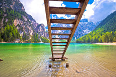 Lago di Braies turquoise water and Dolomites Alps view Stock Photography