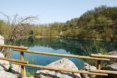 Lago Di Cornino in de Lente Royalty-vrije Stock Afbeelding