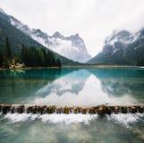 Lago di Dobbiaco oder Toblacher sehen in Italien Stockfotografie