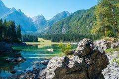 Lago lago di Fusine nelle alpi di Julian Fotografia Stock