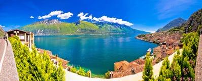 Lago Di Garda panorama in Limone sul Garda Stock Foto