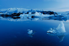 Lago di Jokulsarlon, a sud dell'Islanda Immagine Stock