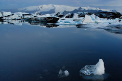 Lago di Jokulsarlon, a sud dell'Islanda Immagini Stock Libere da Diritti