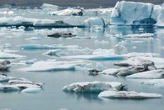 Lago di Jokulsarlon, a sud dell'Islanda Fotografie Stock Libere da Diritti