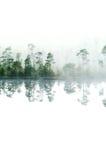 Lago di legno con vapore aumentante da una tabella di acqua Fotografia Stock Libera da Diritti