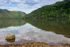 Lago Di Levico, jezioro w zdroju grodzki Levico Terme, Włochy obraz stock