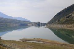 Lago Di Montespluga, δεξαμενή, στο πέρασμα βουνών Spluegen στην Ιταλία, Λομβαρδία Στοκ εικόνες με δικαίωμα ελεύθερης χρήσης