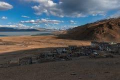 Lago di moriri di TSO della montagna dell'Himalaya nel ladakh, leh India Fotografia Stock Libera da Diritti
