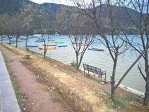 Lago di Pokhara Fotografie Stock