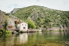 Lago Di San Domenico, Abruzzo, Italië Stock Afbeeldingen