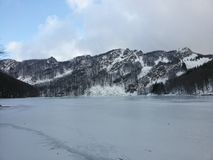 Lago di Santo, Italia, nieve, día Foto de archivo