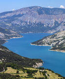 Lago di Serre-Poncon (alpi francesi) Fotografie Stock Libere da Diritti