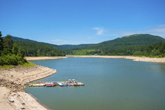 Lago di stoccaggio di Schwarzenbachtalsperre in Forbach Fotografie Stock Libere da Diritti