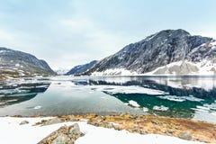 Lago Djupvatnet, Noruega Fotografia de Stock