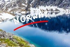 Lago Djupvatnet, Noruega Fotografia de Stock Royalty Free