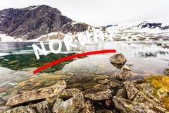 Lago Djupvatnet, Norvegia Fotografie Stock Libere da Diritti