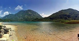 Lago do cavazzo (Italia) Fotos de Stock Royalty Free