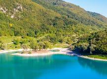 Lago do italiano do Tenno: Lago di Tenno em Trentino, It?lia imagens de stock