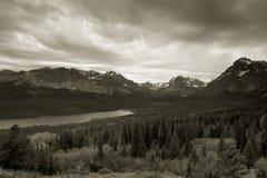 Lago dos medicine, parque nacional de glaciar Imagenes de archivo