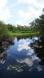 Lago e céu Fotografia de Stock Royalty Free