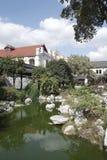 Lago e casa fotografia stock libera da diritti