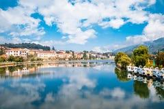 Lago e città Sapa a Sapa, Vietnam immagini stock libere da diritti