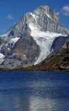 Lago e ghiacciaio mountain Fotografia Stock