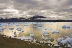 Lago e hielo Foto de archivo libre de regalías