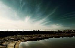 Lago e horizonte fotos de stock