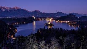 Lago e ilha sangrados na noite Imagem de Stock Royalty Free