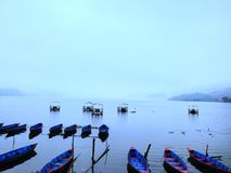 Lago e le barche fotografie stock libere da diritti
