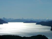 Lago e montagna Fotografie Stock Libere da Diritti