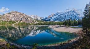 Lago e montagne immagine stock libera da diritti