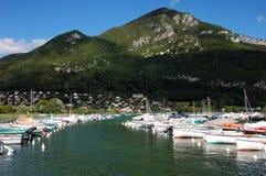 Lago e montagne annecy Immagine Stock Libera da Diritti