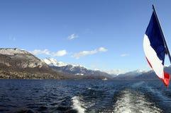 Lago e montagne annecy Fotografie Stock