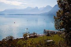 Lago e montagne Wolfgangsee fotografia stock libera da diritti