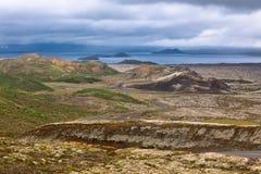 Lago no parque nacional de Pingvellir, Islândia imagens de stock