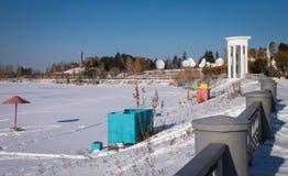 Lago e praia congelados Fotografia de Stock