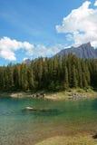 Lago e Rosengarten Carezza Fotografia Stock