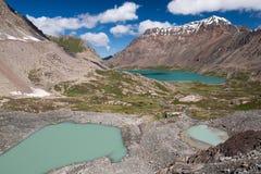 Lago em Quirguizistão, montanhas Alakol de Tian Shan Foto de Stock Royalty Free