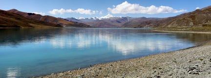 Lago em tibet Fotos de Stock Royalty Free