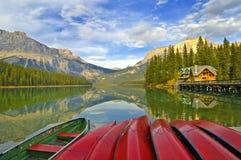 Lago emerald Fotos de Stock