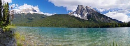 Lago emerald no parque nacional de Yoho Fotografia de Stock