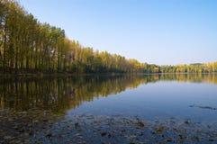 Lago en el otoño Fotografía de archivo